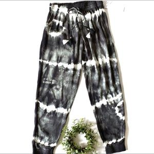 YOUNG FABULOUS & BROKE Tie Dye Joggers NWT Small